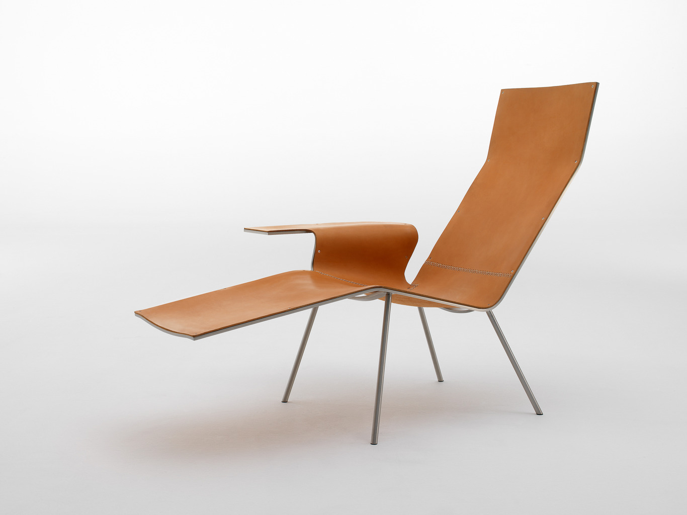 Leather lounge chair Maarten van Severen