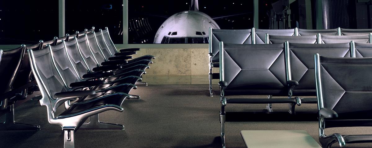 Vliegveldstoelen Charles & Ray Eames